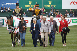 Hello Sanctos, Lady Kirkham, Lady Harris, Lord Harris winner of the CP International Grand Prix presented by Rolex<br /> Spruce Meadows Masters - Calgary 2015<br /> © Hippo Foto - Dirk Caremans<br /> 13/09/15