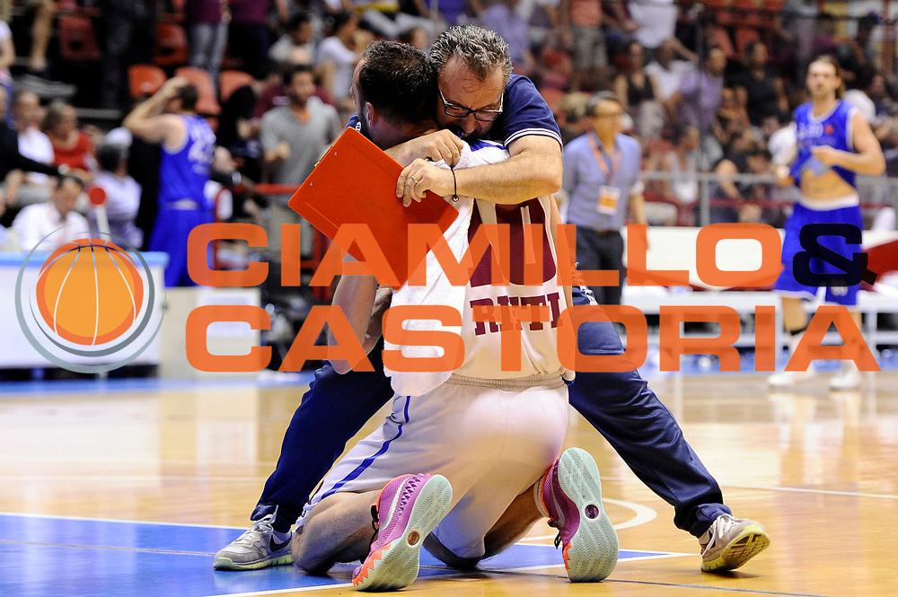 DESCRIZIONE : Forli DNB Final Four 2014-15 Npc Rieti BCC Agropoli<br /> GIOCATORE : Roberto Feliciangeli<br /> CATEGORIA : esultanza<br /> SQUADRA : Npc Rieti<br /> EVENTO : Campionato Serie B 2014-15<br /> GARA : Npc Rieti BCC Agropoli<br /> DATA : 13/06/2015<br /> SPORT : Pallacanestro <br /> AUTORE : Agenzia Ciamillo-Castoria/M.Marchi<br /> Galleria : Serie B 2014-2015 <br /> Fotonotizia : Forli DNB Final Four 2014-15 Npc Rieti BCC Agropoli