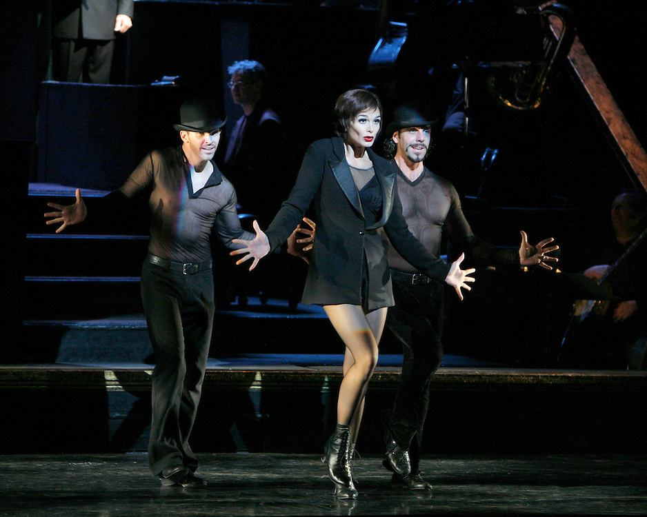 Chicago.Broadway Company.November 1, 2005.Credit Photo ©Paul Kolnik.New York City .212.362.7778.studio@paulkolnik.com