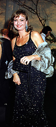 COUNTESS MAYA VON SCHONBURG ZU GLAUCHAU & WALDENBURG, at a dinner in London on 21st October 1999.MYA 159