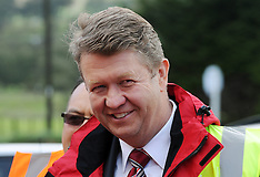 Tokomaru-Labour's David Cunnliffe visits engineering plant