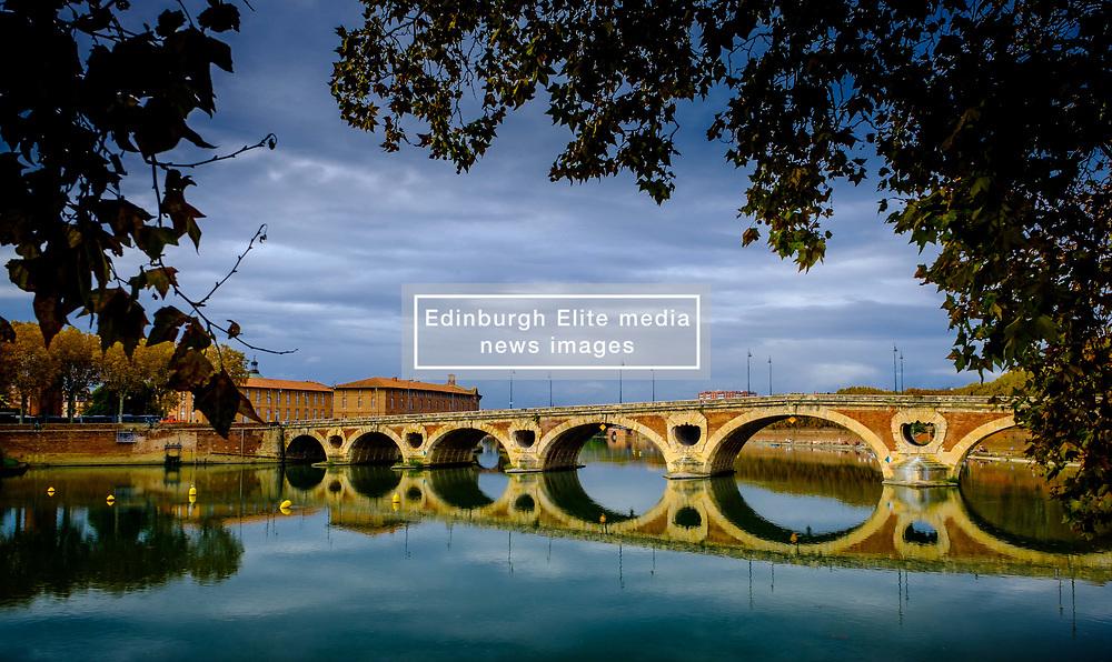 The Pont Neuf over the Garonne River in Toulouse, France<br /> <br /> (c) Andrew Wilson   Edinburgh Elite media