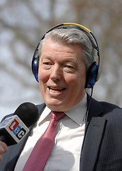 © under license to London News Pictures. 20/01/11. Shadow Chancellor of the Exchequer Alan Johnson, who has stepped down from the UK's Labour Party Shadow Front Bench for personal reasons to do with his family. Alan Johnson pictured talking to members of the press on College Green, Westminster in June 2010. Photo credit should read Stephen Simpson/LNP