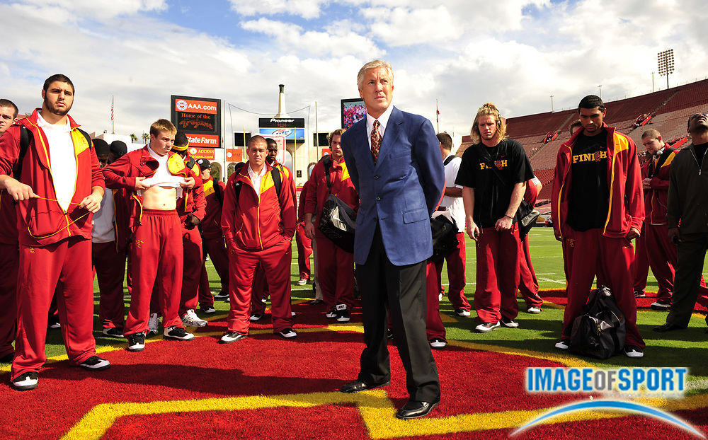 Nov 1, 2008; Los Angeles, CA, USA; Southern California Trojans coach Pete Carroll talks to players before the game against the Washington Huskies at the Los Angeles Memorial Coliseum.