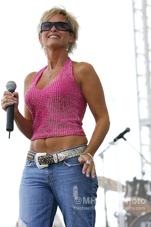 Lorrie Morgan performs at the Indianapolis Motor Speedway prior to the running of the Allstate 400 at the Brickyard. Photo by Michael Hickey