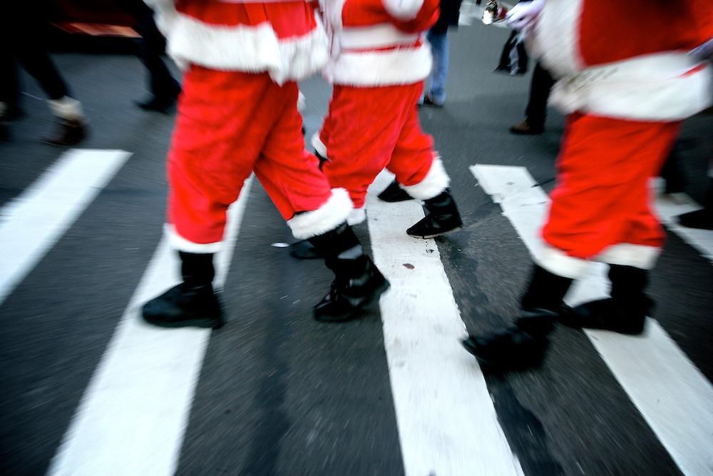 2011 Sidewalk Santa