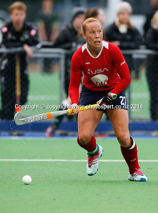 USA's Lauren Crandall. Fourth test, New Zealand Black Sticks Women v USA women's international hockey, Twin Turfs , Palmerston North, New Zealand. Thursday, 23 October, 2014. Photo: John Cowpland / www.photosport.co.nz