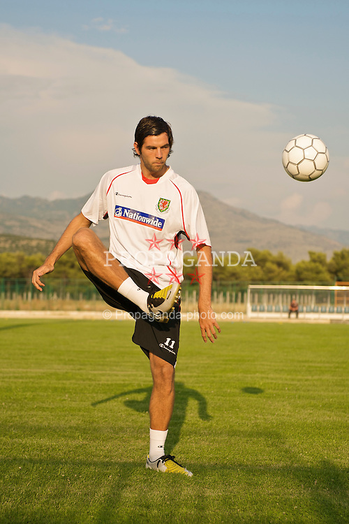 PODGORICA, MONTENEGRO - Monday, August 10, 2009: Wales' captain Joe Ledley during a training session ahead of the international friendly match against Montenegro. (Photo by David Rawcliffe/Propaganda)