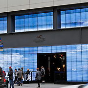 USA/New Yok/20120301 - New York, winkels op Fifth Avenue
