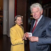 NLD/Amsterdam/20161114 - Prinses Beatrix aanwezig bij de 19e editie van het Balletgala van Stichting Dansersfonds '79, Wim Kok en partner Rita Roekema