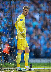 22.09.2013, Etihad Stadion, Manchester, ENG, Premier League, Manchester City vs Manchester United, 5. Runde, im Bild Manchester United's goalkeeper David de Gea looks dejected as Manchester City score the second goal during the English Premier League 5th round match between Manchester City and Manchester United at the Etihad Stadium, Manchester, Great Britain on 2013/09/22. EXPA Pictures &copy; 2013, PhotoCredit: EXPA/ Propagandaphoto/ David Rawcliffe<br /> <br /> ***** ATTENTION - OUT OF ENG, GBR, UK *****