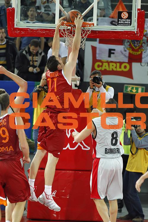 DESCRIZIONE : Roma Eurolega 2010-11 Lottomatica Virtus Roma Brose Baskets Bamberg<br /> GIOCATORE : Andrea Crosariol<br /> SQUADRA : Lottomatica Virtus Roma<br /> EVENTO : Eurolega 2010-2011<br /> GARA :  Lottomatica Virtus Roma Brose Baskets Bamberg<br /> DATA : 20/10/2010<br /> CATEGORIA : schiacciata<br /> SPORT : Pallacanestro <br /> AUTORE : Agenzia Ciamillo-Castoria/ElioCastoria<br /> Galleria : Eurolega 2010-2011<br /> Fotonotizia : Roma Eurolega Euroleague 2010-11 Lottomatica Virtus Roma Brose Baskets Bamberg<br /> Predefinita :