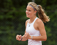 ANJA WILDGRUBER (GER) macht die Faust und jubelt,Jubel,Emotion, Tennis Europe-Bavarian Junior Open, GS16<br /> <br /> Tennis - Bavarian Junior Open 2017 - Tennis Europe Junior Tour -  SC Eching - Eching - Bayern - Germany  - 12 August 2017. <br /> &copy; Juergen Hasenkopf