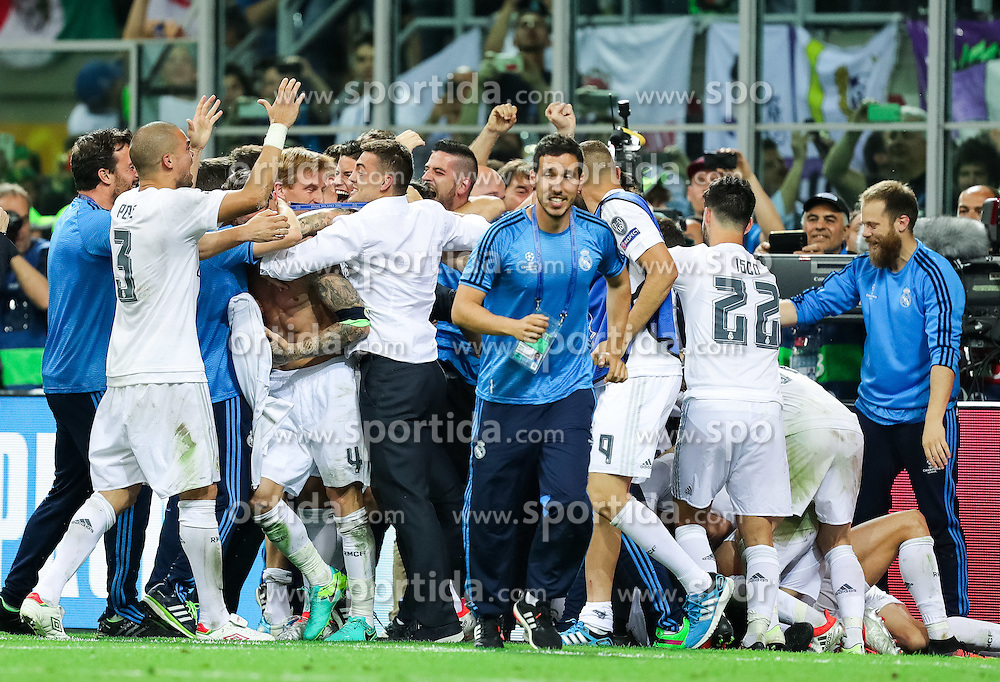 Players of Real Madrid celebrate after last penalty shot of Cristiano Ronaldo of Real Madrid at football match between Real Madrid (ESP) and Atlético de Madrid (ESP) in Final of UEFA Champions League 2016, on May 28, 2016 in San Siro Stadium, Milan, Italy. Photo by Vid Ponikvar / Sportida