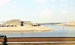 06.08.2015, Sueskanal, EGY, Sueskanal Kanal Erweiterung, im Bild Feierlichkieiten zur Sueskanal Erweiterung // A general view shows the new additions to the Suez canal during its inauguration ceremony, in Ismailia, Egypt, August 6, 2015. Egypt staged a show of international support on Thursday as it inaugurated a major extension of the Suez Canal which President Abdel Fattah al-Sisi hopes will power an economic turnaround in the Arab world's most populous country. Photo by Stringer, Egypt on 2015/08/06. EXPA Pictures © 2015, PhotoCredit: EXPA/ APAimages/ Stringer<br /> <br /> *****ATTENTION - for AUT, GER, SUI, ITA, POL, CRO, SRB only*****