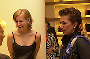 Alannah Weston and Rose Marie Bravo. Burberry Bond St. Launch party. 21-23 New Bond St. London. In Support of the Sargent Cancer Care for Children. 7/9/00 © Copyright Photograph by Dafydd Jones 66 Stockwell Park Rd. London SW9 0DA Tel 020 7733 0108 www.dafjones.com
