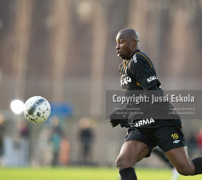 Abdoulaye Meite. Honka - HJK. Veikkausliiga, Espoo 22.4.2013. Photo: Jussi Eskola