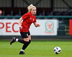 NEWPORT, WALES - Tuesday, November 6, 2018: Wales' Hannah Miles during a training session at Dragon Park ahead of two games against Portugal. (Pic by Paul Greenwood/Propaganda)