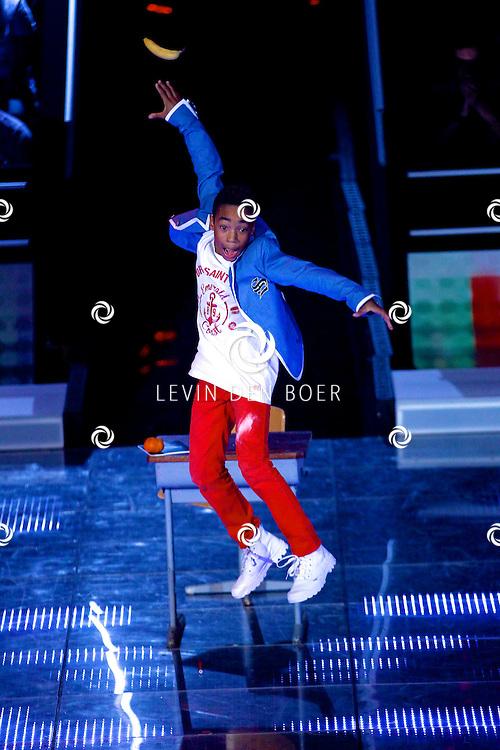 AALSMEER - In Studio Alsmeer is de liveshow van Everybody Dance Now. Met op de foto Luciano Hiwat. FOTO LEVIN DEN BOER - PERSFOTO.NU