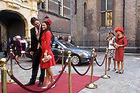 Nederland. Den Haag, 16 september 2008.<br /> Prinsjesdag.<br /> aankomst eurlings en partner.<br /> Foto Martijn Beekman<br /> NIET VOOR PUBLIKATIE IN LANDELIJKE DAGBLADEN.