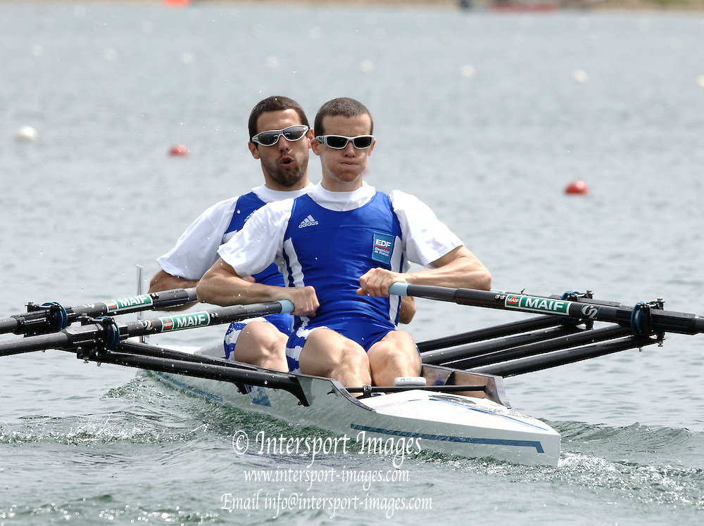 2005 FISA World Cup, Dorney Lake, Eton, ENGLAND, 26.05.05. FRA LM2X bow Arnaud Pornin and Frederic Durour, pull away from the start pontoon, in there heat of the men's four on the open day of the FISA World Cup Regatta held on Dorney lake..Photo  Peter Spurrier. .email images@intersport-images[Mandatory Credit Peter Spurrier/ Intersport Images] , Rowing Courses, Dorney Lake, Eton. ENGLAND