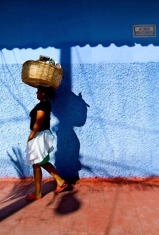 Nicaragua / Granada / Street Vendor