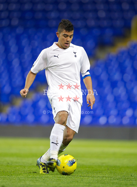 LONDON, ENGLAND - Wednesday, February 1, 2012: Tottenham Hotspur's captain Massimo Luongo in action against Liverpool during the NextGen Series Quarter-Final match at White Hart Lane. (Pic by David Rawcliffe/Propaganda)