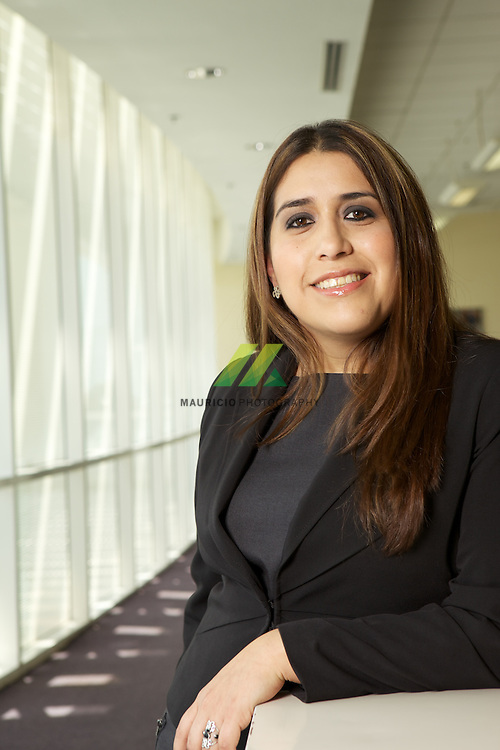 Teresa Cid Public Relations And Communicacions Manager At General Motors Mauricio Ramirez