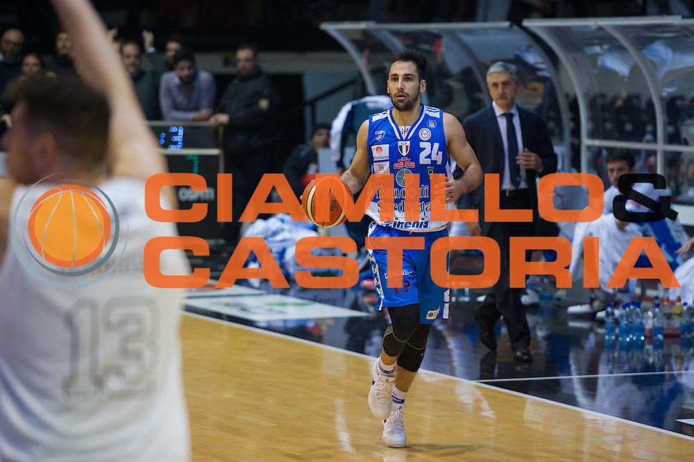 DESCRIZIONE : Caserta Lega A 2015-16 Pasta Reggia Caserta Banco di Sardegna Sassari<br /> GIOCATORE : Rok Stipcevic<br /> CATEGORIA : palleggio<br /> SQUADRA : Banco di Sardegna Sassari<br /> EVENTO : Campionato Lega A 2015-2016<br /> GARA : Pasta Reggia Caserta Banco di Sardegna Sassari<br /> DATA : 13/12/2015<br /> SPORT : Pallacanestro <br /> AUTORE : Agenzia Ciamillo-Castoria/G.Masi<br /> Galleria : Lega Basket A 2015-2016<br /> Fotonotizia : Caserta Lega A 2015-16 Pasta Reggia Caserta Banco di Sardegna Sassari