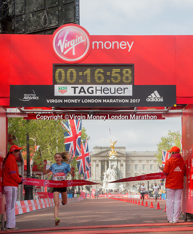 Naomi Toft, Kensington &amp; Chelsea, wins the U13 Girls Borough Challenge. The Virgin Money London Marathon, 23rd April 2017.<br /> <br /> Photo: Roger Allen for Virgin Money London Marathon<br /> <br /> For further information: media@londonmarathonevents.co.uk