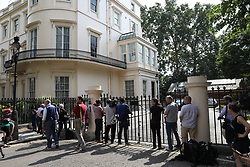 © Licensed to London News Pictures. 09/07/2018. London, UK. Journalists and tv crews wait for Boris Johnson outside the official residence of the foreign Secretary after his resignation. Brexit Secretary David Davis has resigned over Prime Minister Theresa May's Brexit Plan. Mr Davis was Good work to the post in 2016 and was responsible for negotiating the UK's EU withdrawal. Photo credit: Peter Macdiarmid/LNP