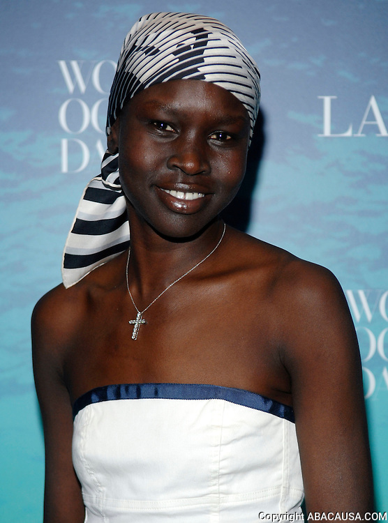 Model and author Alek Wek poses at the La Mer and Oceana party for World Ocean Day 2008 in New York City, USA on June 4, 2008.