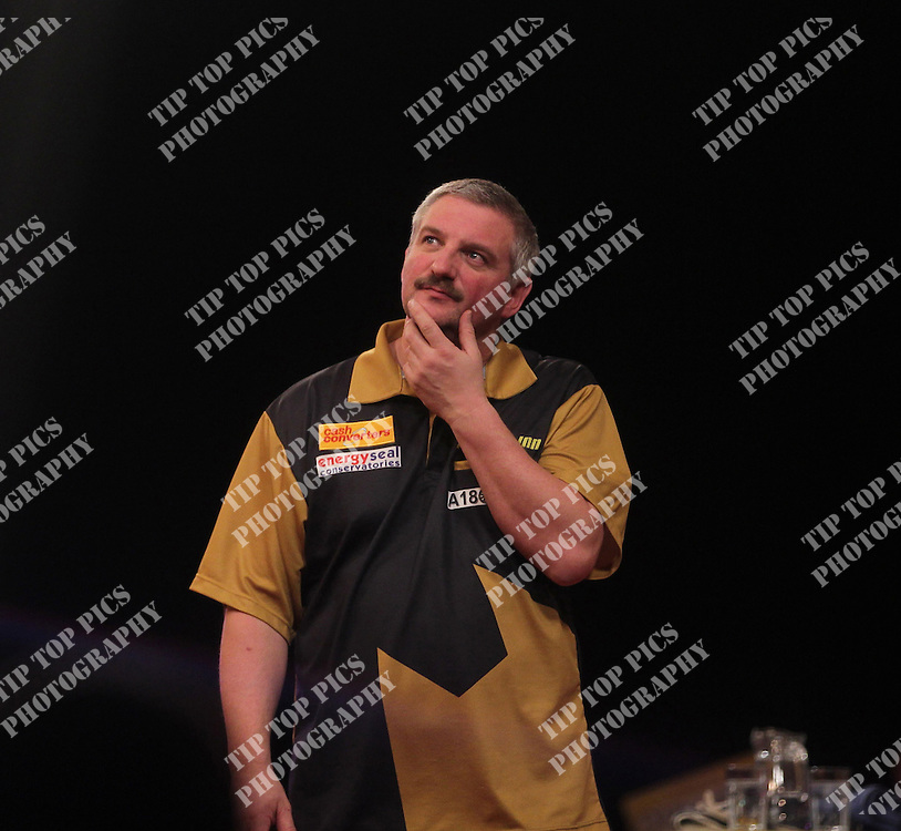 CASH CONVERTERS PLAYERS CHAPIONSHIP 2011 PDC DARTS