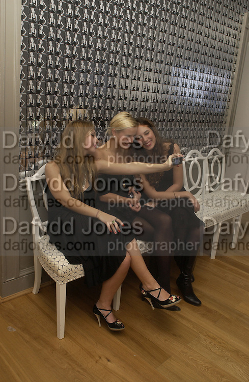 JOSEPHINE DE LA BAUME, OLYMPIA SCARRY AND TATIANA SANTO DOMINGO. The private view and Laurent Perrier champagne reception for Diana, Princess Of Wales By Mario Testino at Kensington Palace, London. November 22 November 2005. ONE TIME USE ONLY - DO NOT ARCHIVE  © Copyright Photograph by Dafydd Jones 66 Stockwell Park Rd. London SW9 0DA Tel 020 7733 0108 www.dafjones.com