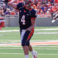 Illinois Reily O' Toole throwing a pass during the Illinois vs Charleston Southern game at Memorial Stadium.