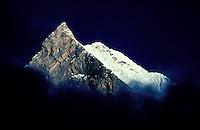 Nepal - Macchapuchare 6993m d'altitude - Massif des Annapurnas - Himalaya