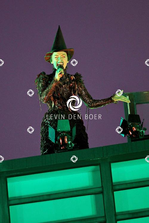 SCHEVENINGEN - In het AFAS Circustheater is de perspresentatie gehouden van de nieuwe Stage Entertainment musical Wicked.  Met op de foto Willemijn Verkaik die de rol van de heks Elphaba speelt. FOTO LEVIN DEN BOER - PERSFOTO.NU