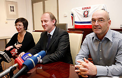 Damjan Mihevc and new head coach of Slovenian national team Mats Waltin at Press Conference of Hockey Federation of Slovenia, on November 27, 2007 in Ljubljana, Slovenia . (Photo by Vid Ponikvar / Sportal Images).
