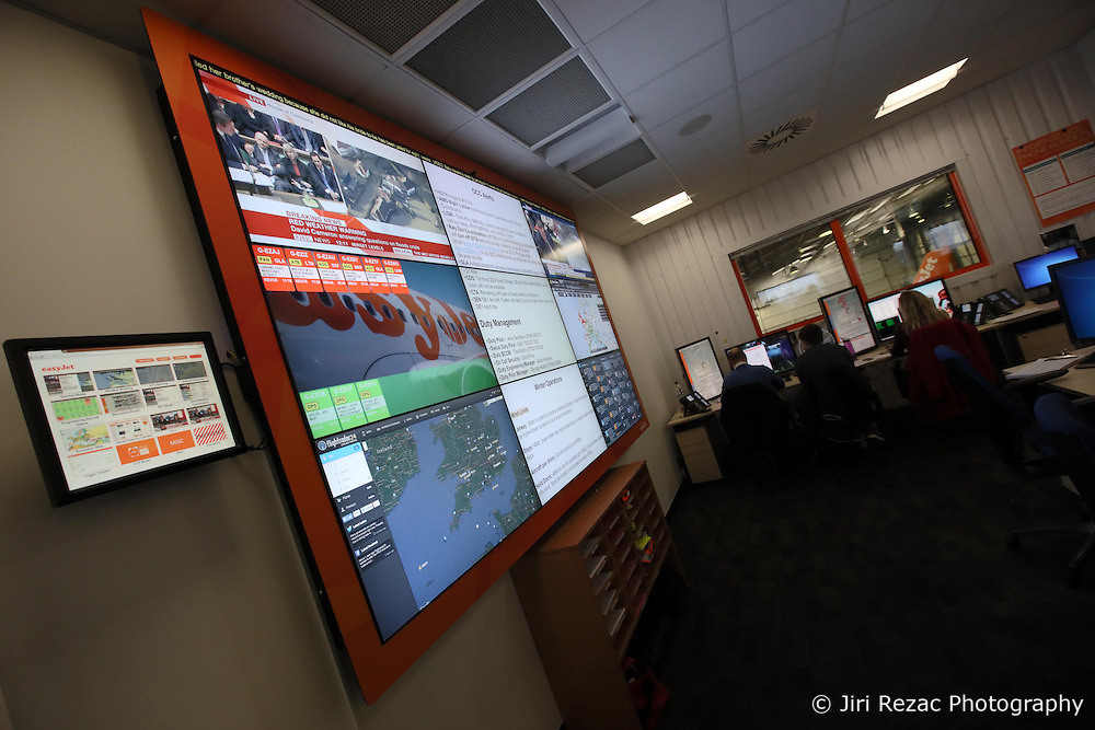 UK ENGLAND LUTON 12FEB14 - General view of the operations centre at Easyjet company's headquarters in Luton, England.<br />
