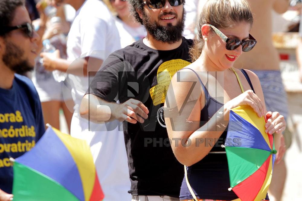 SÃO PAULO,SP, 31.01.2016 - CARNAVAL-SP - Foliões se divertem no bloco Fervo da Vila  na Vila Madalena região oeste de São Paulo, neste domingo, 31.  (Foto: Marcio Ribeiro/Brazil Photo Press)