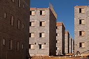 Franca_SP, 21 de junho de 2011.<br /> <br /> Book de obras Minha Casa Minha Vida.<br /> <br /> Documentacao das obras da empresa .Na foto, o residencial Franca Garden.<br /> <br /> Foto: LEO DRUMOND / NITRO