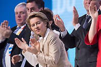 26 FEB 2018, BERLIN/GERMANY:<br /> Ursula von der Leyen, CDU, Bundesverteidigungsministerin, CDU Bundesparteitag, Station Berlin<br /> IMAGE: 20180226-01-042<br /> KEYWORDS: Party Congress, Parteitag, klatsche, Applaus, Applaudieren