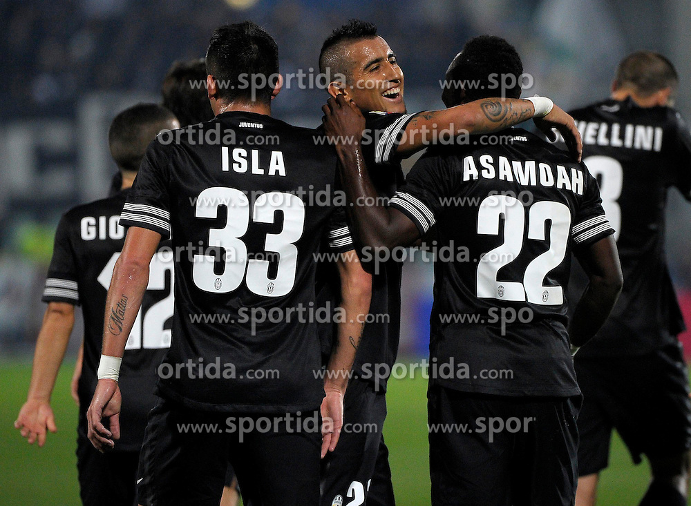 10.11.2012, Stadio Adriatico, Pescara, ITA, Serie A, Pescara Calcio vs Juventus Turin, 12. Runde, im Bild Kwadwo Asamoah esulta dopo il gol, gol celebration Juventus // during the Italian Serie A 12th round match between Delfino Pescara 1936 and Juventus FC at the Stadio Adriatico, Pescara, Italy on 2012/11/10. EXPA Pictures © 2012, PhotoCredit: EXPA/ Insidefoto/ Federico Tardito..***** ATTENTION - for AUT, SLO, CRO, SRB, SUI and SWE only *****