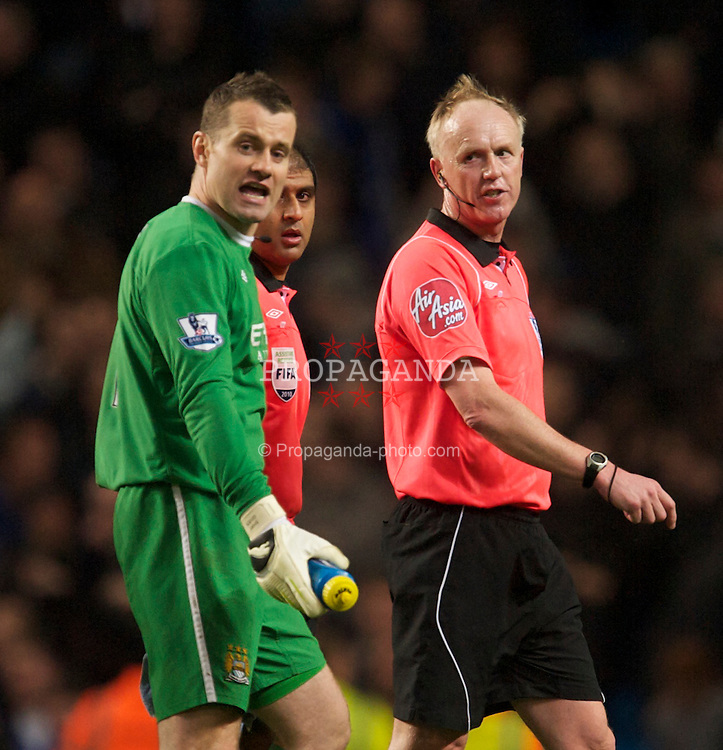 MANCHESTER, ENGLAND - Wednesday, March 24, 2010: Manchester City's goalkeeper Shay Given complains to referee Peter Walton during the Premiership match against Everton at the City of Manchester Stadium. (Photo by David Rawcliffe/Propaganda)
