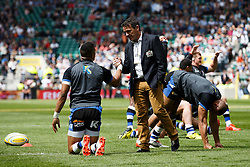 Bath Head Coach Mike Ford talks to Full Back Anthony Watson before the match - Photo mandatory by-line: Rogan Thomson/JMP - 07966 386802 - 30/05/2015 - SPORT - RUGBY UNION - London, England - Twickenham Stadium - Bath Rugby v Saracens - 2015 Aviva Premiership Final.