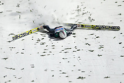 06.01.2015, Paul Ausserleitner Schanze, Bischofshofen, AUT, FIS Ski Sprung Weltcup, 63. Vierschanzentournee, Finale, im Bild Simon Ammann (SUI) türzt // Simon Ammann of Switzerland crash during Final Jump of 63rd Four Hills Tournament of FIS Ski Jumping World Cup at the Paul Ausserleitner Schanze, Bischofshofen, Austria on 2015/01/06. EXPA Pictures © 2015, PhotoCredit: EXPA/ Johann Groder