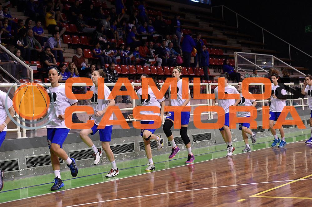 DESCRIZIONE : Pordenone Amichevole Pre Eurobasket 2015 Nazionale Italiana Femminile Senior Italia Australia Italy Australia<br /> GIOCATORE : team <br /> CATEGORIA : riscaldamento<br /> SQUADRA : Italia Italy<br /> EVENTO : Amichevole Pre Eurobasket 2015 Nazionale Italiana Femminile Senior<br /> GARA : Italia Australia Italy Australia<br /> DATA : 28/05/2015<br /> SPORT : Pallacanestro<br /> AUTORE : Agenzia Ciamillo-Castoria/GiulioCiamillo<br /> Galleria : Nazionale Italiana Femminile Senior<br /> Fotonotizia : Pordenone Amichevole Pre Eurobasket 2015 Nazionale Italiana Femminile Senior Italia Australia Italy Australia<br /> Predefinita :