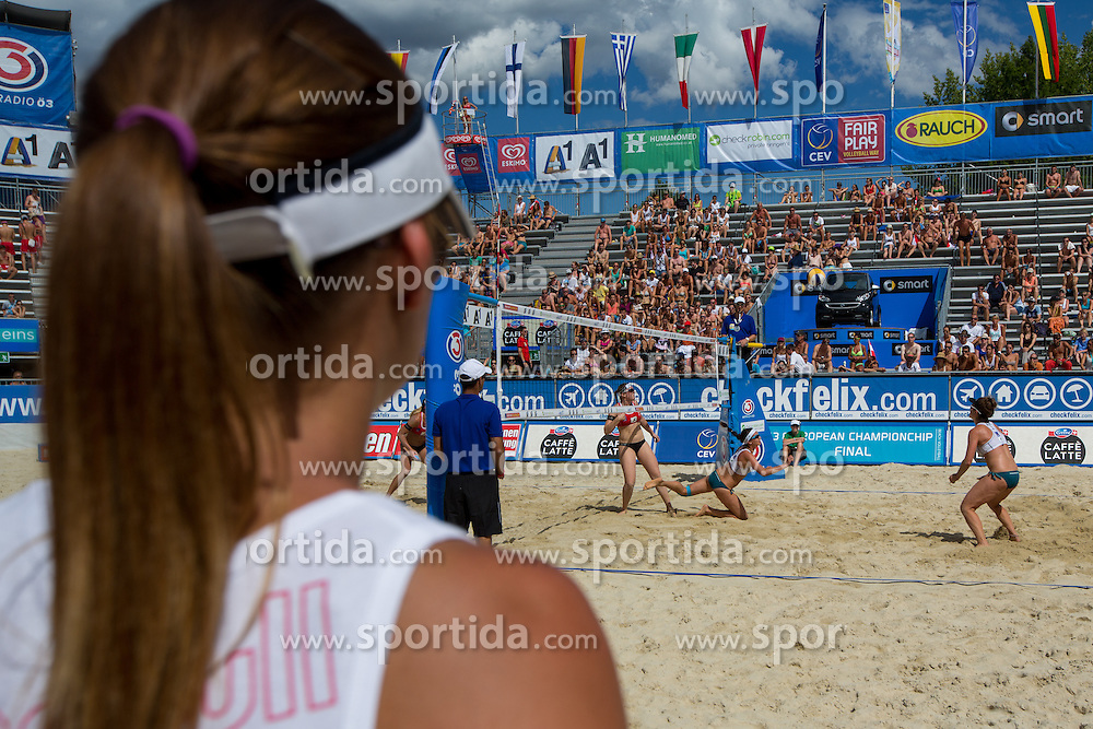 30.07.2013, Klagenfurt, Strandbad, AUT, A1 Beachvolleyball EM 2013, in photo View on the court during the A1 Beachvolleyball European Championship at the Strandbad Klagenfurt, Austria on 20130730. (Photo by Matic Klansek Velej / Sportida)