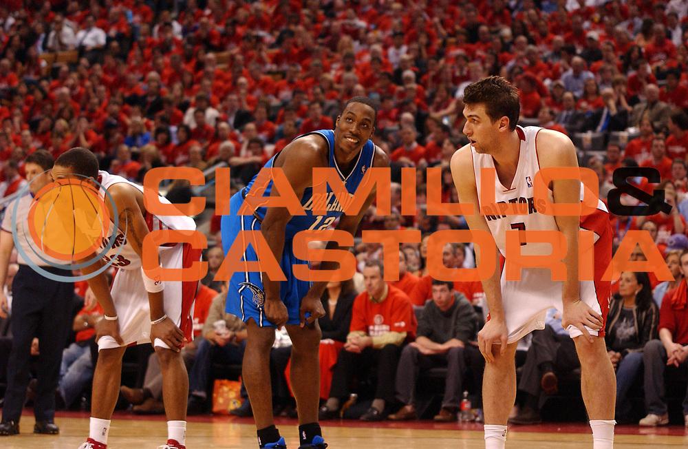 DESCRIZIONE : Toronto Campionato NBA 2007-2008 Playoff Toronto Raptors Orlando Magic<br /> GIOCATORE : Andrea Bargnani Dwight Howard <br /> SQUADRA : Toronto Raptors Orlando Magic<br /> EVENTO : Campionato NBA 2007-2008 <br /> GARA : Toronto Raptors Orlando Magic<br /> DATA : 27/04/2008 <br /> CATEGORIA : difesa rimbalzo<br /> SPORT : Pallacanestro <br /> AUTORE : Agenzia Ciamillo-Castoria/V.Keslassy<br /> Galleria : NBA 2007-2008 <br /> Fotonotizia : Toronto Campionato NBA 2007-2008 Playoff Toronto Raptors Orlando Magic<br /> Predefinita :