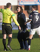 Dundee physio Karen Gibson - Dundee v Kilmarnock, William Hill Scottish FA Cup 4th Round,..- © David Young - .5 Foundry Place - .Monifieth - .DD5 4BB - .Telephone 07765 252616 - .email; davidyoungphoto@gmail.com - .web; www.davidyoungphoto.co.uk.